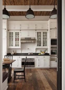 Best DIY Farmhouse Kitchen Decorating Ideas 25