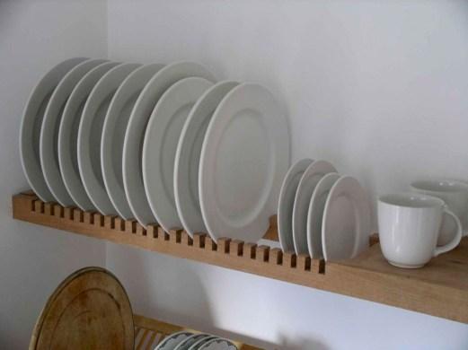 Best DIY Farmhouse Kitchen Decorating Ideas 42
