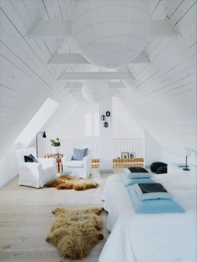 Best Design Small bedroom that Maximizes Style and Efficiency 31