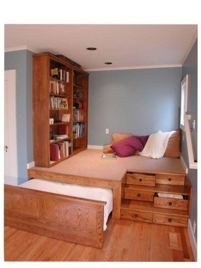 Best Design Small bedroom that Maximizes Style and Efficiency 32