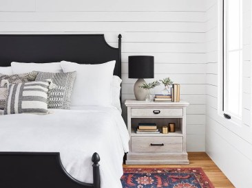 Best Design Small bedroom that Maximizes Style and Efficiency 46