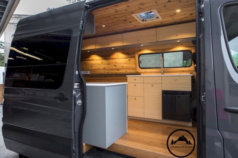Brilliant Camper Van Conversion for Perfect Outdoor Experience 09