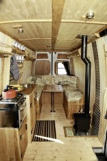 Brilliant Camper Van Conversion for Perfect Outdoor Experience 17