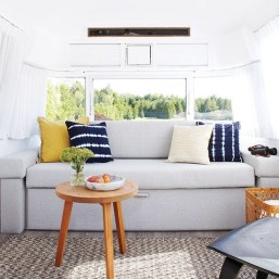 Brilliant Camper Van Conversion for Perfect Outdoor Experience 46