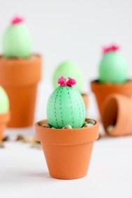 Brilliant DIY Egg Decorating Ideas 33