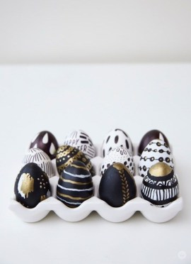 Brilliant DIY Egg Decorating Ideas 52