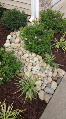 Cheap Front Yard Landscaping Ideas 15