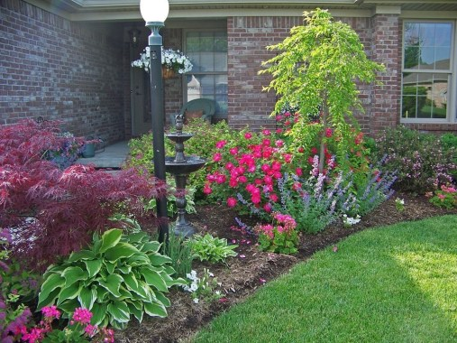 Clever & Beautiful Yard Island Landscaping for Backyard and Front yard 17