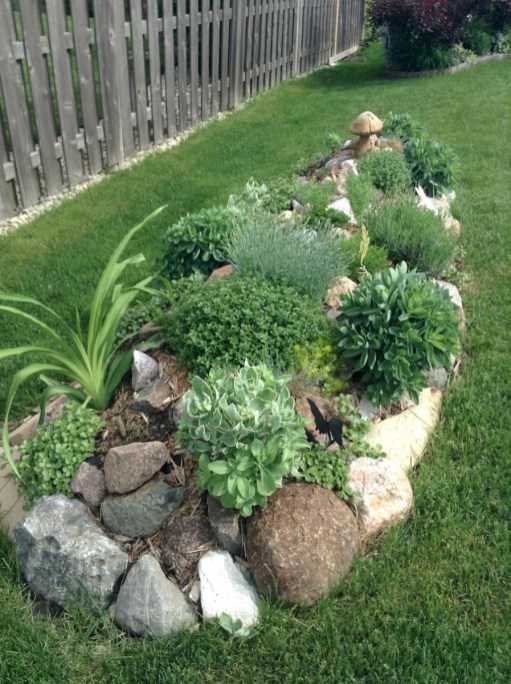 Clever & Beautiful Yard Island Landscaping for Backyard and Front yard 21