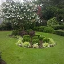 Clever & Beautiful Yard Island Landscaping for Backyard and Front yard 24