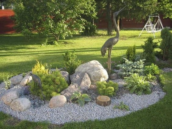 Clever & Beautiful Yard Island Landscaping for Backyard and Front yard 41