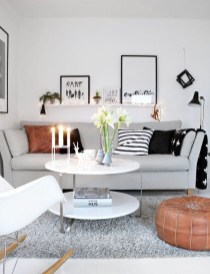 Clever and Creative Decorating Ideas for Small Home 12