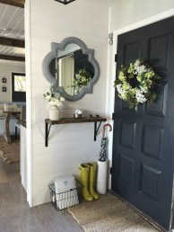 Clever and Creative Decorating Ideas for Small Home 37