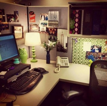 Cubicle Workspace Decorating Ideas 06