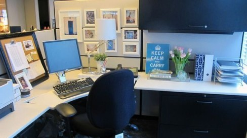 Cubicle Workspace Decorating Ideas 33