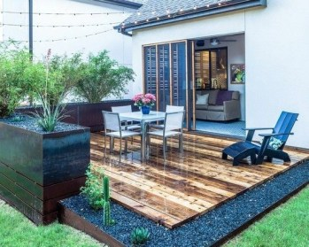 DIY Patio Deck Decoration Ideas on A Budget 32