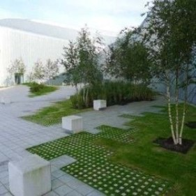 Examples Landscaping Ideas You can Put in House Page 12