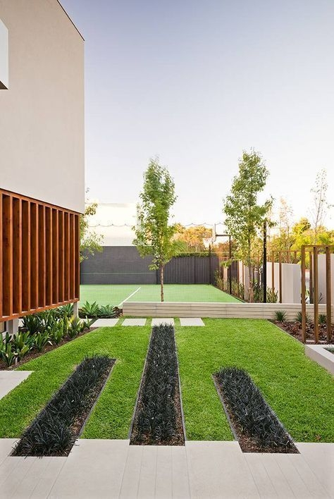 Examples Landscaping Ideas You can Put in House Page 30
