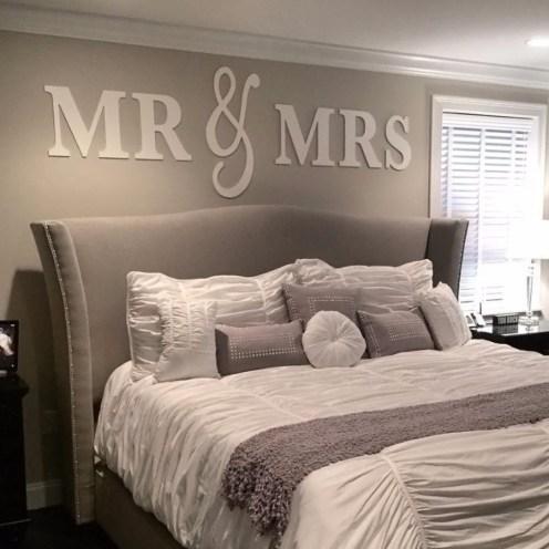 Luxury Huge Bedroom Decorating Ideas 23