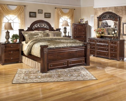 Luxury Huge Bedroom Decorating Ideas 44