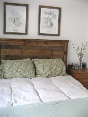 Outstanding Rustic Master Bedroom Decorating Ideas 06