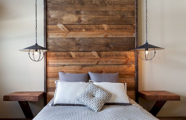 Outstanding Rustic Master Bedroom Decorating Ideas 08