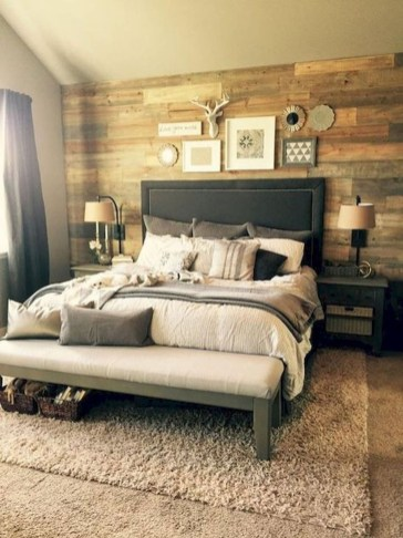 Outstanding Rustic Master Bedroom Decorating Ideas 34