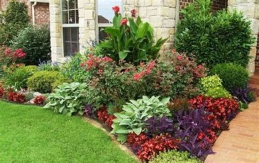 Simple But Beautiful Front Yard Landscaping Ideas 47