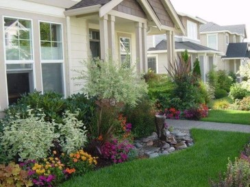 Simple But Beautiful Front Yard Landscaping Ideas 48