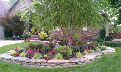 Small Garden Design Ideas With Awesome Design 25