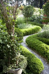 Small Garden Design Ideas With Awesome Design 40