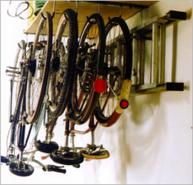 Amazing DIY and Hack Garage Storage Organization 37