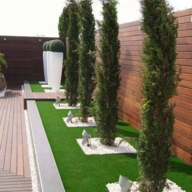 Amazing Privacy Fence Ideas to Perfect Your Backyard 01