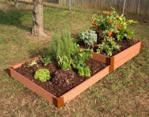 Amazingly Creative Long Planter Ideas for Your Patio 03