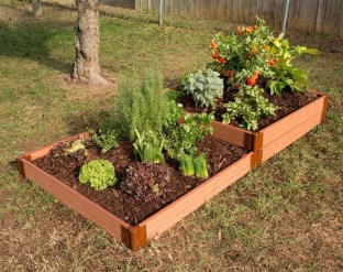 Amazingly Creative Long Planter Ideas for Your Patio 03