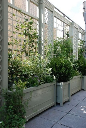 Amazingly Creative Long Planter Ideas for Your Patio 13