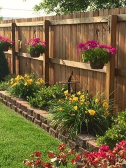 Beautiful Backyard Landscaping Design Ideas With Low Maintenance 09