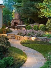 Beautiful Backyard Landscaping Design Ideas With Low Maintenance 18