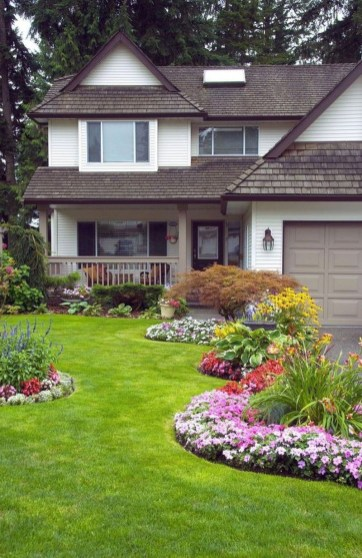 Beautiful Backyard Landscaping Design Ideas With Low Maintenance 29