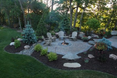Best Outdoor Fire Pits Decorating Ideas For Spring 31