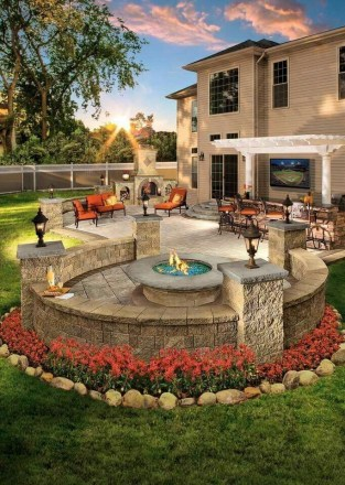 Best Outdoor Fire Pits Decorating Ideas For Spring 44
