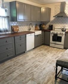 Classy Kitchen Floor Ideas with Hardwood 33