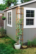 Cool DIY Garden Trellis Ideas 03