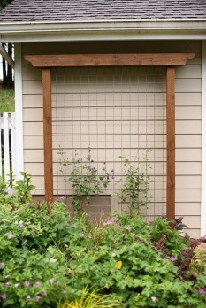 Cool DIY Garden Trellis Ideas 27