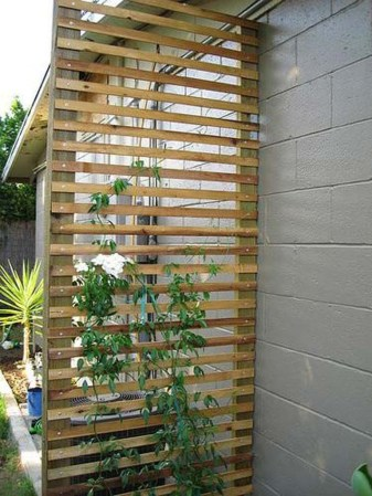Cool DIY Garden Trellis Ideas 43
