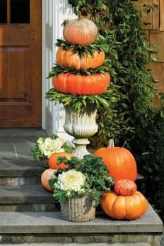 Cool DIY Vertical Garden for Front Porch Ideas 09