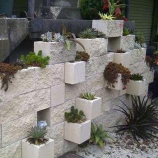 Cool DIY Vertical Garden for Front Porch Ideas 13