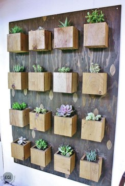 Cool DIY Vertical Garden for Front Porch Ideas 19