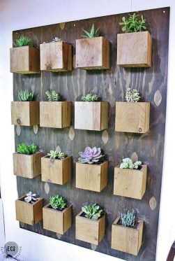 Cool DIY Vertical Garden for Front Porch Ideas 19