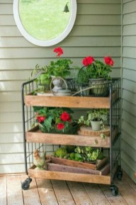 Cool DIY Vertical Garden for Front Porch Ideas 30